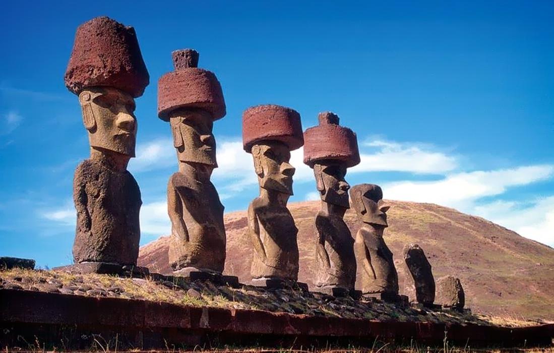 Как на гигантских статуях острова Пасхи появились каменныешляпы