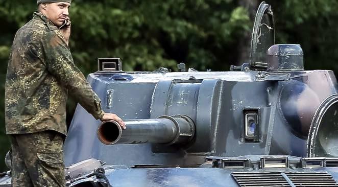 Почему Запад старательно не говорит о российском вторжении на Украину