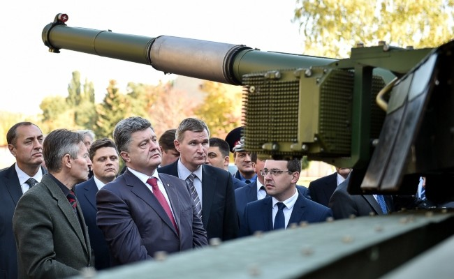 Порошенко в Харькове: шанс для танкостроителей