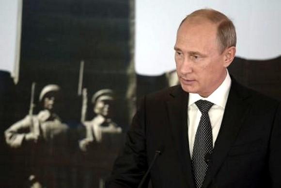 Путин назвал санкции против РФ попыткой срыва мирного процесса в Украине