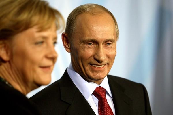 Улыбка Путина сквозь слезы