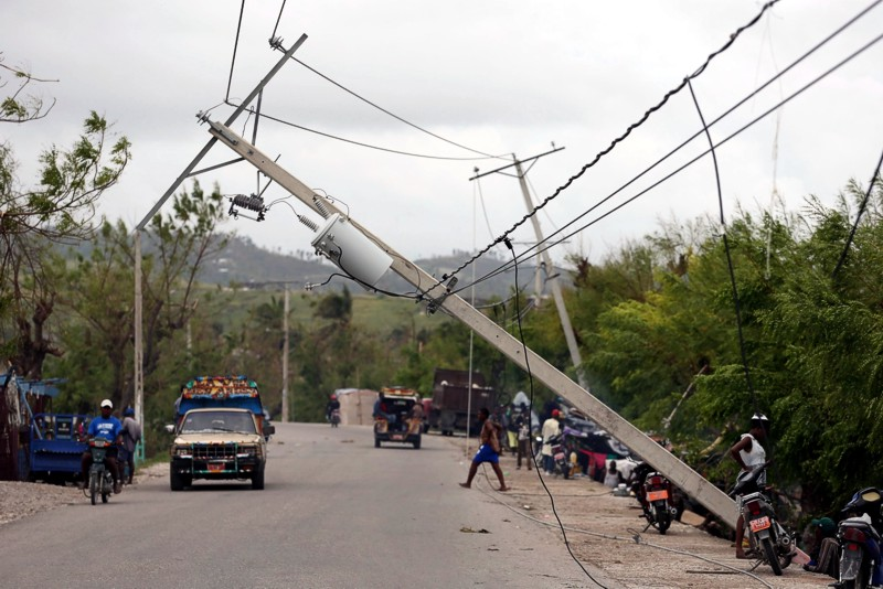 Жертвами урагана Мэтью стали 339 человек