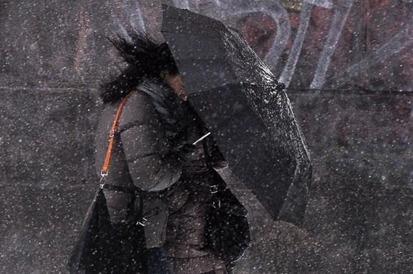 Укргидрометцентр объявил в Украине штормовое предупреждение