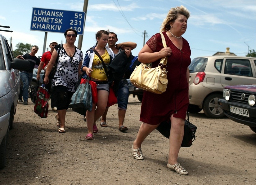 Как получить и продлить материальную помощь переселенцам из Донбасса и Крыма