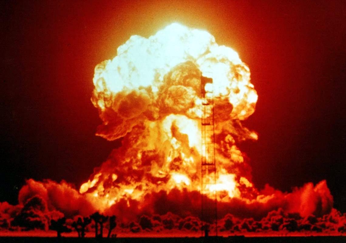 США обнародовали видео ядерных взрывов