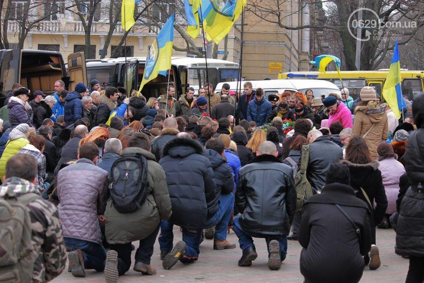 Погибшему под Мариуполем одесскому бойцу боевики отрезали уши