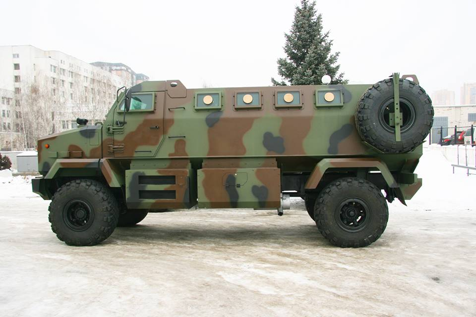 Аваков: Бойцы Нацгвардии вскоре получат новые броневики «Шрек»
