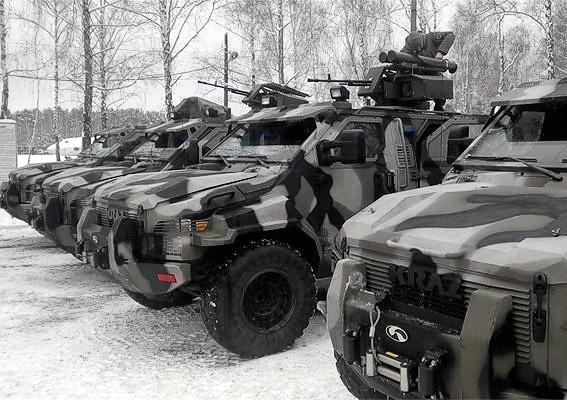 Полк «Азов» получил новые бронеавтомобили «Спартан»