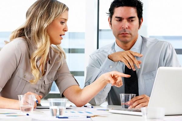 Семейный подряд на работе: легко ли работать с родственниками