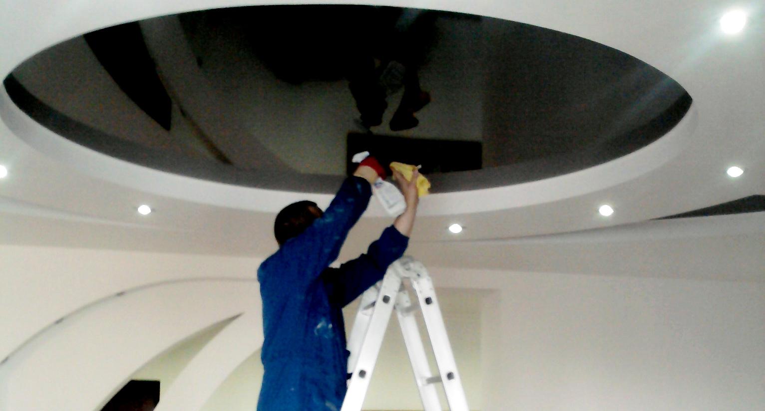 Глянцевые потолки в домашних условиях 973