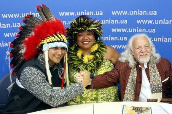 Принцесса гавайского племени сравнила Януковича с голливудской звездой