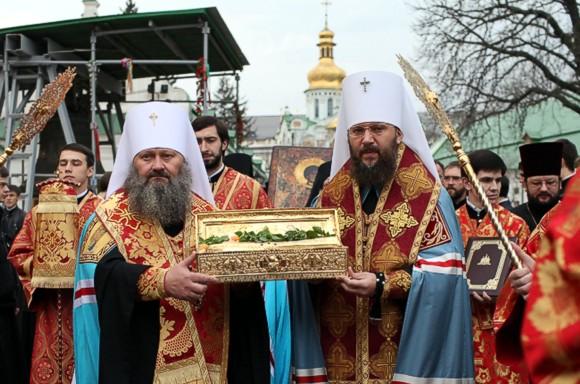 Мощи Георгия Победоносца доставлены в киевский храм Всех Святых