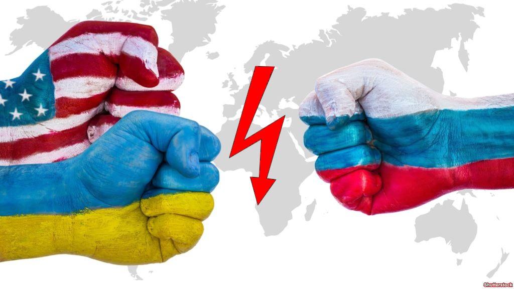 Россияне считают США и Украину наиболее враждебными странами — опрос