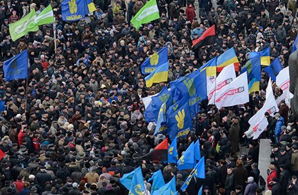 Акция протеста «Вставай, Украина!» продолжается. Сегодня — в Ивано-Франковске