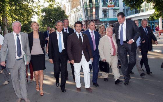 Французские депутаты выступили за снятие санкций с России
