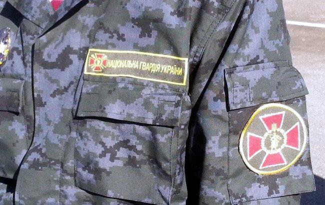 Порошенко поручил ввести до тысяча бойцов нацгвардии вОдессу