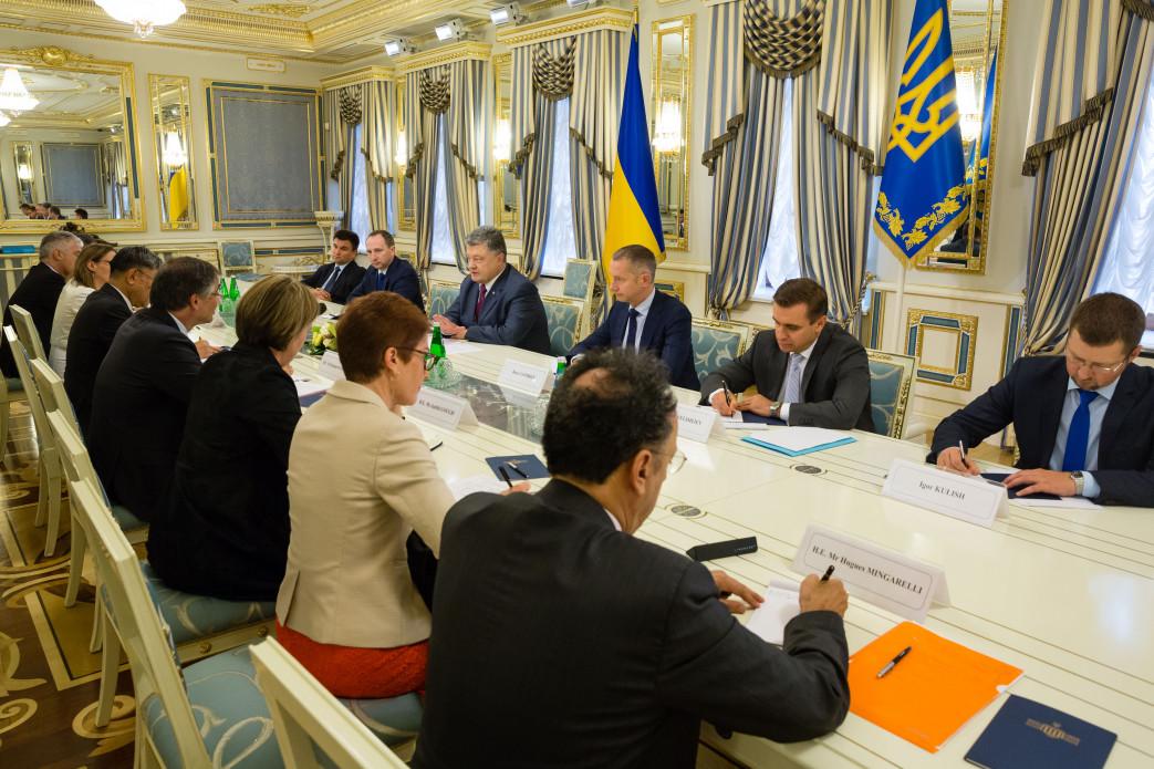 Важное заявление: К чему Порошенко призвал страны G7 и ЕС