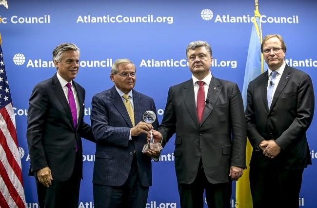 Порошенко получил престижную награду «Global Citizen Award»