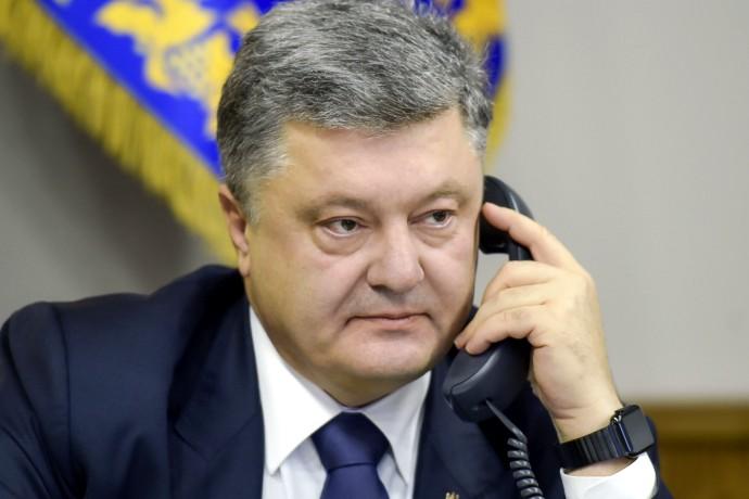 Порошенко и Байден настроены сохранить санкции против России