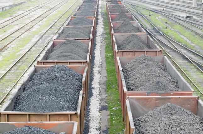 Польша купила уголь в оккупированном Донбассе