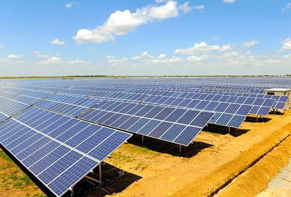В Крыму остановились все солнечные и ветровые электростанции