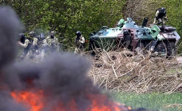 Под Рубежным и Лисичанском идут бои сил АТО с сепаратистами