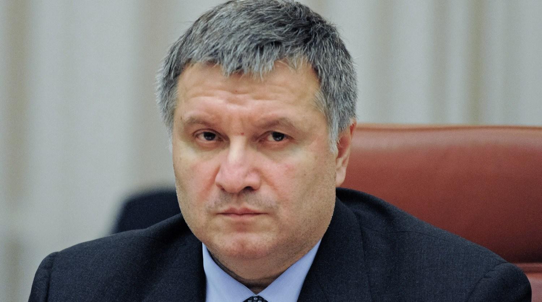 МВД не даст больше разрешения ни на один чартерный рейс, — Аваков