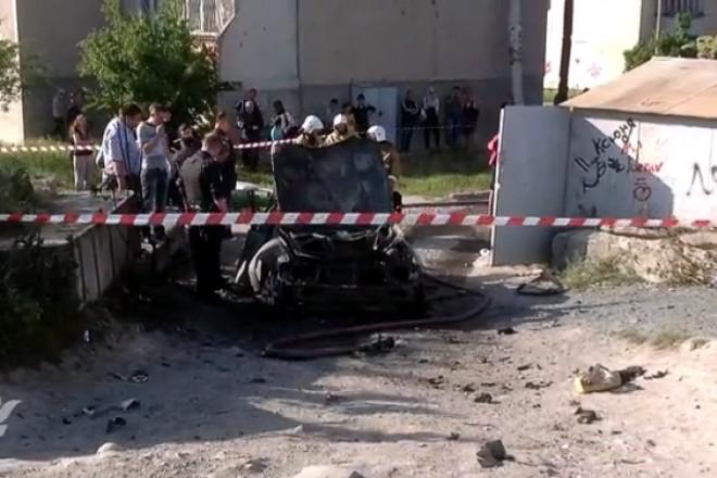 В Киеве во время инаугурации президента взорвался автомобиль