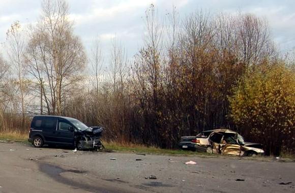 В Киевской области в ДТП столкнулись две иномарки: погибли три человека