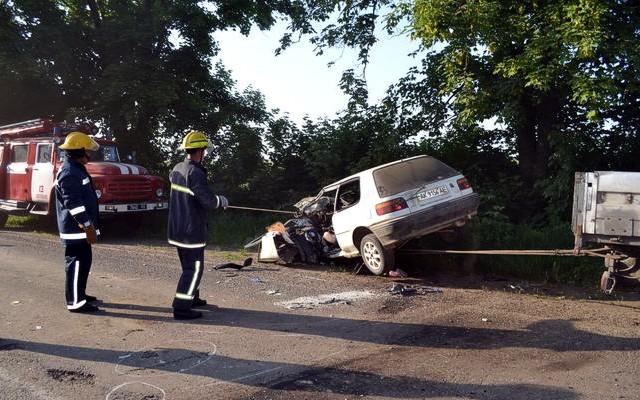 В тройном ДТП на Одесчине один человек погиб, 9 — пострадали