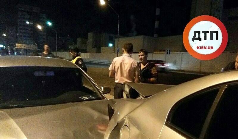 Автомобиль с Савченко попал в ДТП