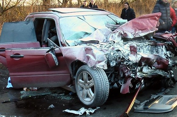 Смертельное ДТП на Тернопольщине: два человека погибли, семеро травмированы