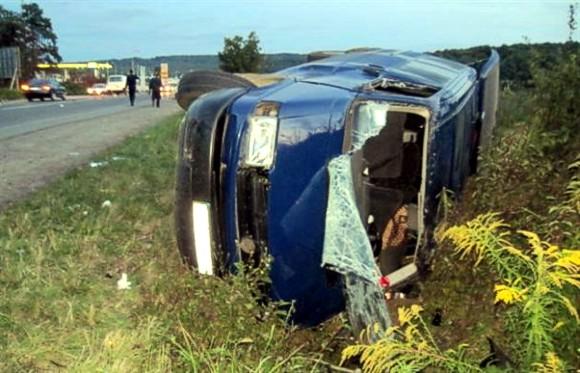 ДТП в Закарпатье: 1 человек погиб, 9 травмировано, в том числе 2-летний ребенок