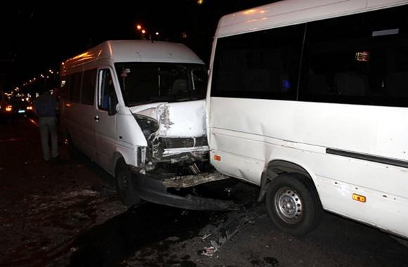 ДТП в центре Запорожья: Столкнулись две маршрутки, 16 пострадавших