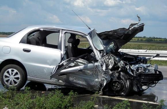 Тройное ДТП в Запорожской области: один погибший, 10 пострадавших