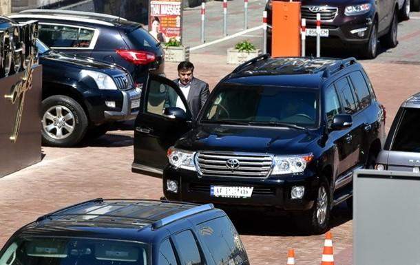 У Саакашвили угнали джип стоимостью 6 миллионов гривен