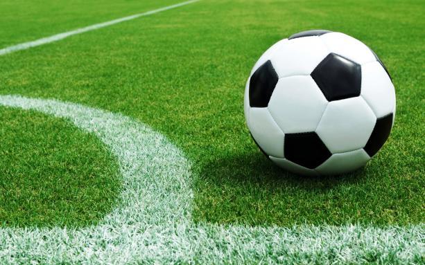 Прокуратура Киева: На ремонте футбольных полей украли 9 млн грн