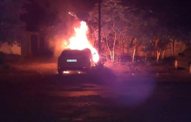 На Закарпатье сожгли машину и.о. мэра Ужгорода