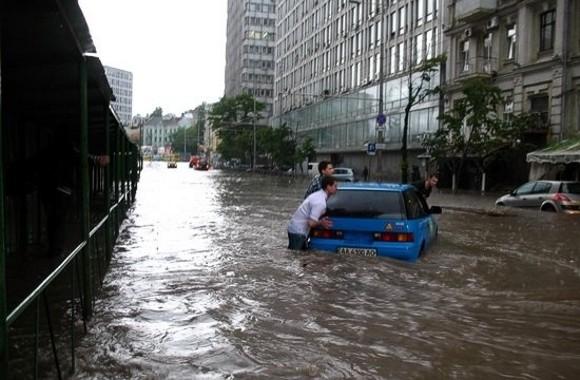 Харьков затопило после сильнейшего ливня