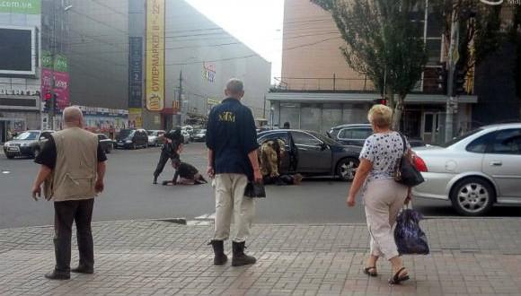 В центре Мариуполя боевики похитили очередного «народного мэра» города