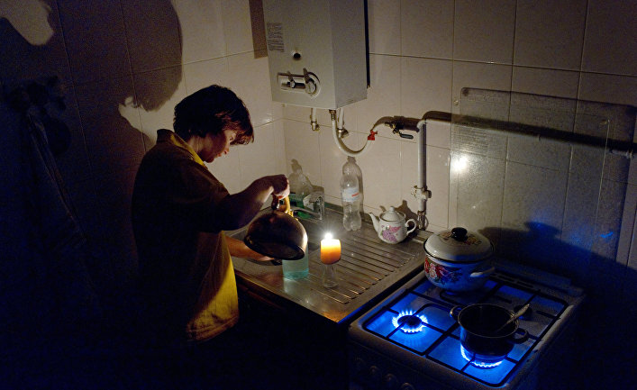 Оккупанты призвали крымчан готовиться встречать Новый год без света