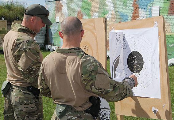 Инструкторы ФБР начали тренировать украинских спецназовцев