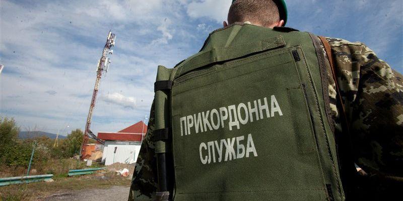 ГПСУ: Российский писатель попросил политическое убежище в Украине