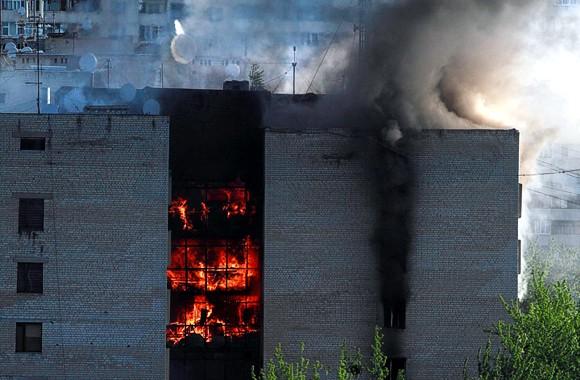 В Харькове на пожаре в общежитии погибли 3 человека, еще 10 пострадали