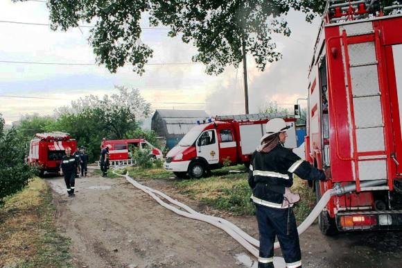 В Луганске сгорел дом: Погибли шесть человек, трое из них — дети