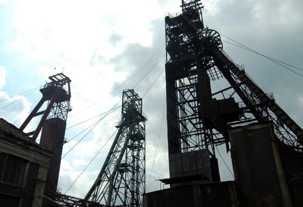 Обвал шахт в Донецкой области: Один горняк погиб, двое ранены