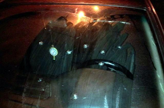Неизвестные расстреляли авто батальона «Айдар» в Одессе