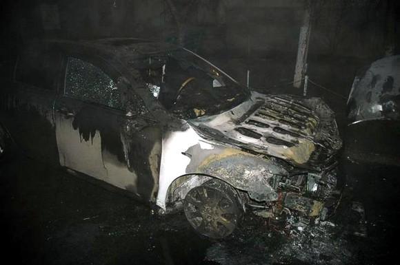В Харькове сгорел четвертый автомобиль активистов Евромайдана