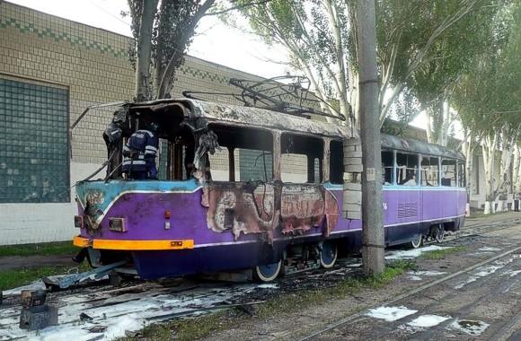 В Одессе полностью сгорел трамвай