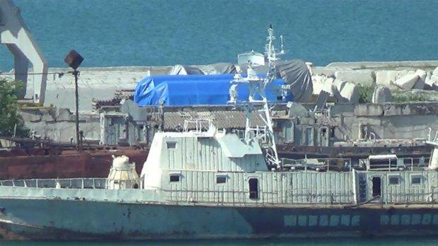 В порт крымской Феодосии из России прибыли еще две новые газовые турбины